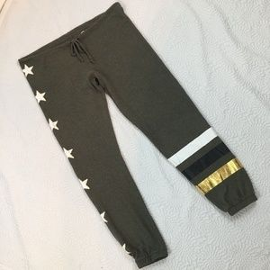 Chaser Peace Star Joggers Women Small Sweatpants